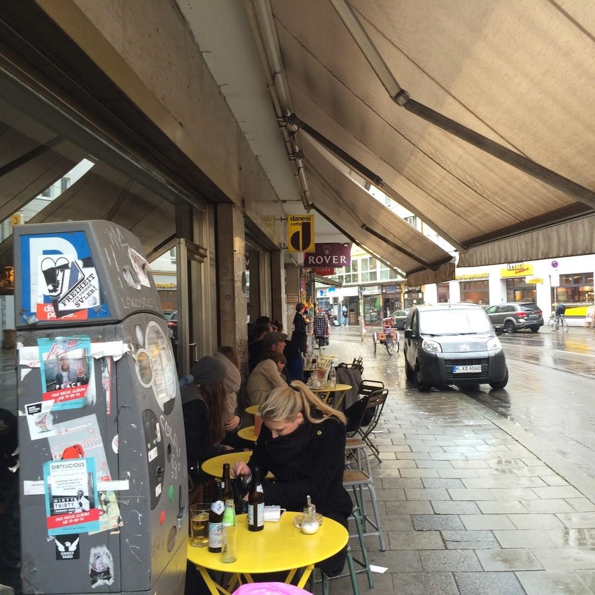 Loretta cafe in Glockenbach