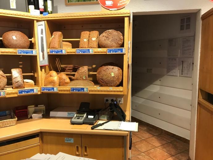 Hopfisterei Bread - Buying Bread in Germany - Munich Bread